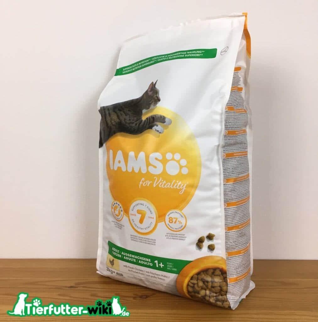 IAMS for vitality Katzen Trockenfutter mit Huhn